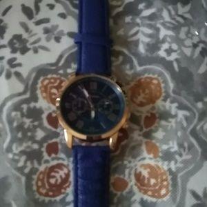 Blue Geneva wrist watch🔥